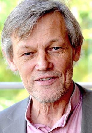Göran Lambertz om varför jurister inte bör slå sig till ro med rättsväsendets snäva perspektiv på rätt och fel. - lambertz